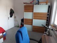 ložnice přízemí (Prodej domu v osobním vlastnictví 322 m², Jesenice)