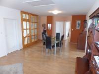 jídelna 1.patro (Prodej domu v osobním vlastnictví 322 m², Jesenice)