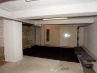 sklad v suterénu domu 48 m2 (Pronájem skladovacích prostor 48 m², Praha 4 - Nusle)