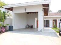 Garážové stání a parkování - Prodej domu v osobním vlastnictví 200 m², Coral Views