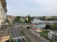 Výhled z balkonu (Pronájem bytu 3+1 v osobním vlastnictví 101 m², Praha 5 - Smíchov)
