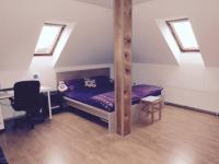 III.NP ložnice (Prodej domu v osobním vlastnictví 370 m², Praha 10 - Strašnice)