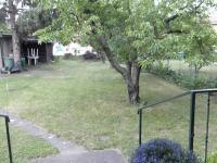 Pohled z terasy (Prodej domu v osobním vlastnictví 370 m², Praha 10 - Strašnice)