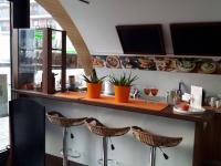 fresh bar (Pronájem komerčního objektu 130 m², Praha 7 - Holešovice)