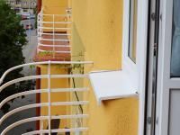 balkón u pokoje 1 (Pronájem bytu 2+1 v družstevním vlastnictví 65 m², Praha 4 - Podolí)