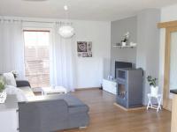 Obývací pokoj (Prodej domu v osobním vlastnictví 81 m², Rodvínov)