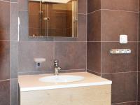 koupelna - Prodej bytu 2+1 v osobním vlastnictví 62 m², Praha 1 - Nové Město