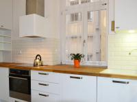 kuchyňská linka (Prodej bytu 2+1 v osobním vlastnictví 62 m², Praha 1 - Nové Město)