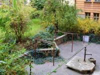 vnitroblok (Prodej bytu 2+1 v osobním vlastnictví 62 m², Praha 1 - Nové Město)