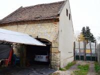 původní stodola (Prodej domu v osobním vlastnictví 130 m², Želízy)