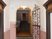 vstupní vestibul domu - Prodej komerčního objektu 33 m², Praha 3 - Žižkov