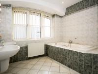 koupelna - Prodej kancelářských prostor 167 m², Praha 4 - Podolí