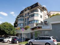 pohled na dům - Pronájem kancelářských prostor 167 m², Praha 4 - Podolí