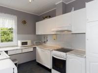 přízemí - kuchyně - Prodej domu v osobním vlastnictví 270 m², Praha 9 - Vinoř