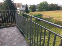 balkón - Prodej bytu 3+kk v osobním vlastnictví 102 m², Praha 5 - Hlubočepy