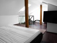 ložnice - Prodej bytu 3+kk v osobním vlastnictví 102 m², Praha 5 - Hlubočepy
