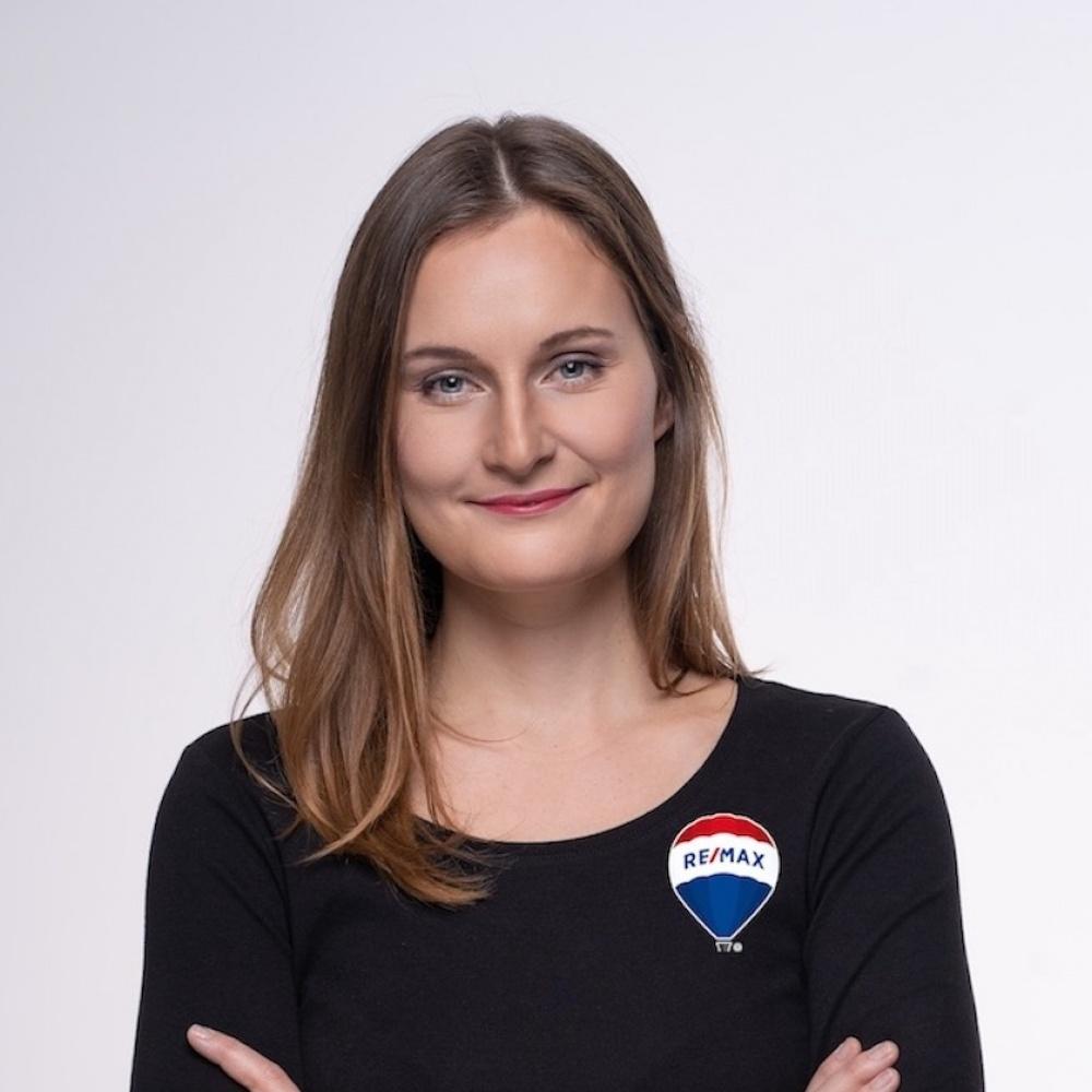 Anna Kratochvílová - RE/MAX G8 Reality 2