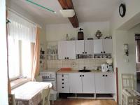 kuchyň (Prodej domu v osobním vlastnictví 90 m², Břežany)
