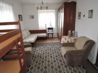 pokoj (Prodej domu v osobním vlastnictví 90 m², Břežany)