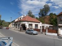Prodej komerčního objektu 200 m², Družec