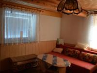 obývacia miestnosť (Prodej domu v osobním vlastnictví 212 m², Kmetiněves)