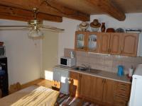 kuchyňa (Prodej domu v osobním vlastnictví 212 m², Kmetiněves)