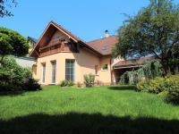 Prodej domu v osobním vlastnictví 277 m², Kladno