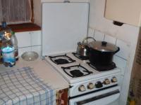 Kuchyňka malá, ale naše ... (Prodej chaty / chalupy 85 m², Skryje)