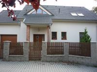 Pronájem domu v osobním vlastnictví 180 m², Slaný