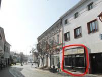 Velká výloha do ulice (Pronájem komerčního objektu 64 m², Rakovník)