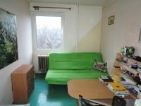 pokoj (Prodej bytu 3+1 v družstevním vlastnictví 68 m², Zvoleněves)