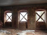 okna do ulice (Prodej domu v osobním vlastnictví 200 m², Oráčov)