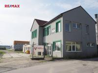 Pronájem komerčního objektu 210 m², Kladno