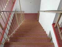 společné schodiště (Prodej bytu 2+kk v osobním vlastnictví 69 m², Rakovník)