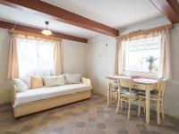 jídelní kout (Prodej domu v osobním vlastnictví 65 m², Slabce)