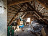půda s možností vestavby  (Prodej domu v osobním vlastnictví 65 m², Slabce)