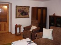 místností v domě. (Prodej domu v osobním vlastnictví 110 m², Lubenec)