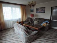 obývací pokoj (Prodej domu v osobním vlastnictví 186 m², Kladno)
