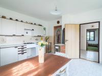 1.kuchyň  (Prodej domu v osobním vlastnictví 140 m², Šanov)