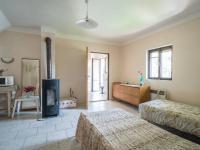 2.pokoj v patře (Prodej domu v osobním vlastnictví 140 m², Šanov)