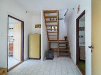 vstupní prostor (Prodej domu v osobním vlastnictví 140 m², Šanov)