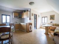 kuchyň v patře (Prodej domu v osobním vlastnictví 140 m², Šanov)