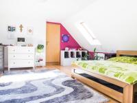 2NP Ložnice 2 - Prodej domu v osobním vlastnictví 150 m², Ledce