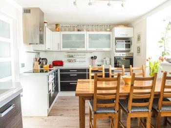 1NP Kuchyň - Prodej domu v osobním vlastnictví 150 m², Ledce