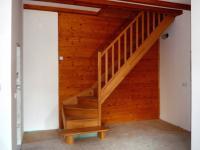 Vzhůru do podkroví ... (Prodej domu v osobním vlastnictví 90 m², Vráž)