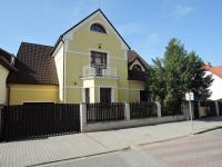 Pronájem domu v osobním vlastnictví 280 m2, Beroun