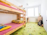 Dětský pokoj (Prodej bytu 3+kk v osobním vlastnictví 66 m², Praha 9 - Černý Most)
