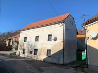 Prodej domu v osobním vlastnictví 130 m², Zvoleněves