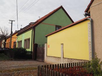 pohled z ulice - Prodej domu v osobním vlastnictví 178 m², Jedomělice