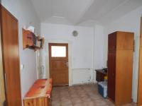 vstupní hala - Prodej domu v osobním vlastnictví 178 m², Jedomělice